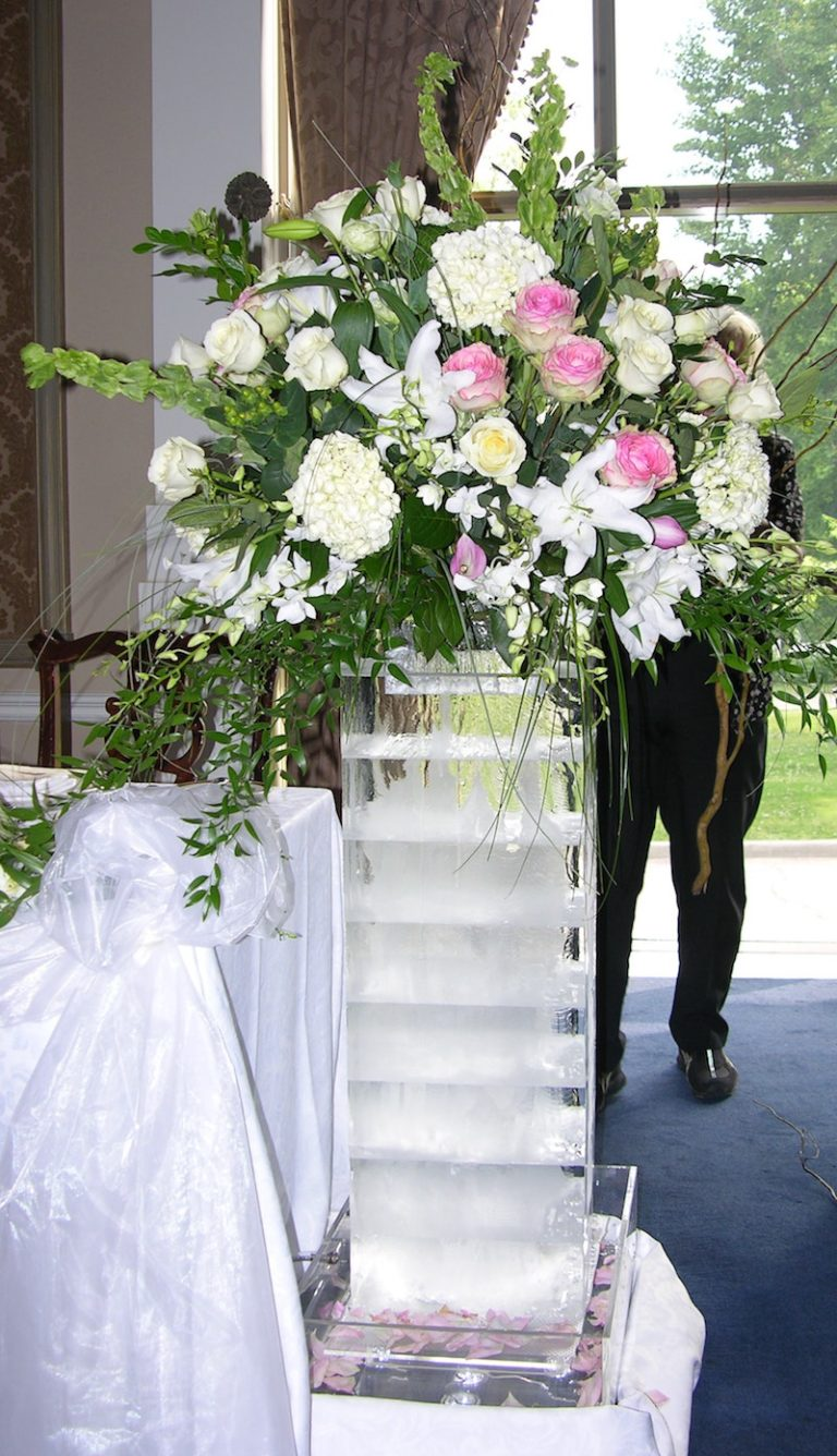 Ice wedding floral arrangement