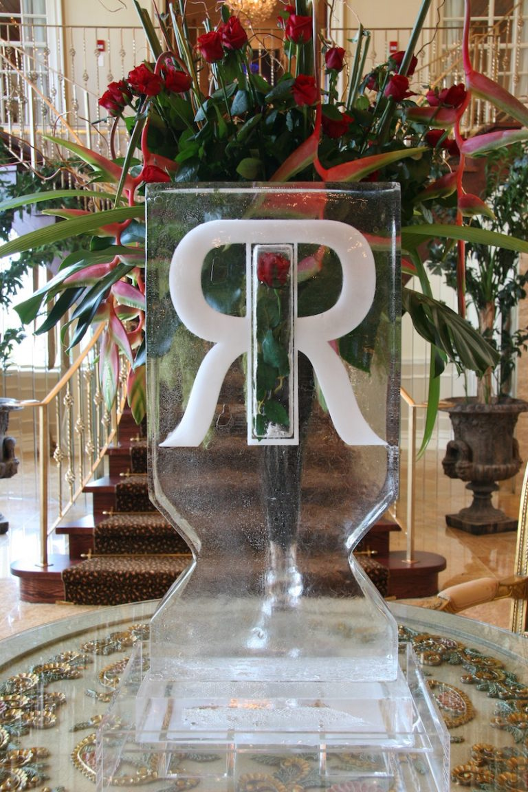 R & R Ice Sculpture