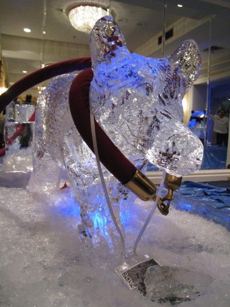 Team building ice sculpture – winner
