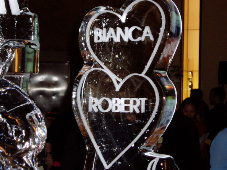 Bianca and Robert Wedding Sculpture