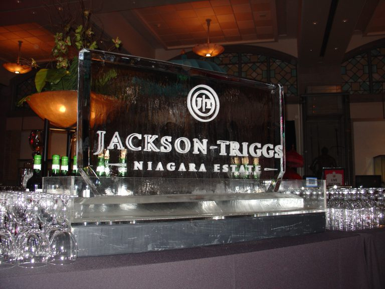Jackson Triggs Ice Logo